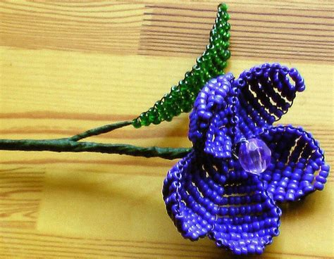 how to make beaded flowers free beaded flower 183 how to make a beaded