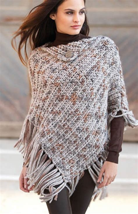 knitted ponchos best 25 poncho knitting patterns ideas on