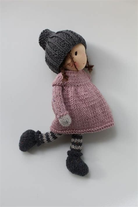 knitted doll faces 25 best ideas about knitted dolls on