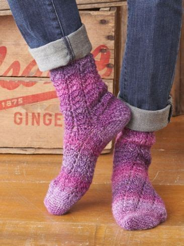 yarn twisting while knitting 14 best images about crochet socks free on
