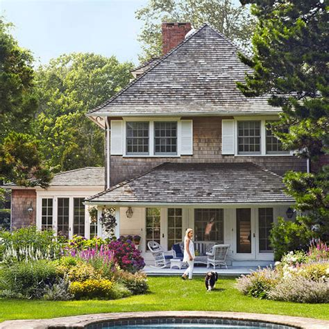 cottage style homes charming east hton cottage traditional home