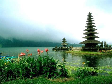 in bali 7 sea temples of beautiful bali the island paradise of