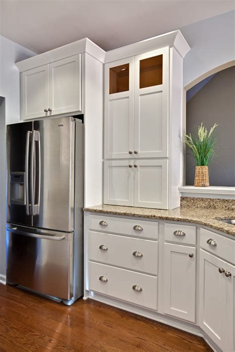 decorating kitchen cabinet doors magnificent shaker cabinet doors decorating ideas