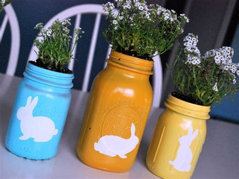 kid friendly crafts 16 kid friendly recycled jar crafts and projects