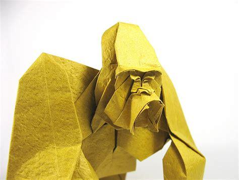 origami gorilla nguyễn h 249 ng cường creates strikingly realistic origami