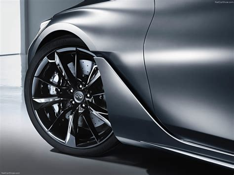 Car Wheel Wallpaper by The Front Wheel Of The Car Infiniti Wallpapers And Images