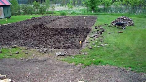 preparing vegetable garden soil preparing the soil the fashion way 01 heirloom