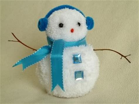 easy snowman crafts for yarn pompoms 5 awesome projects hachi yarns