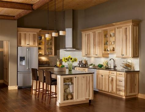 rustic paint colors for kitchen cabinets 25 best ideas about hickory kitchen cabinets on