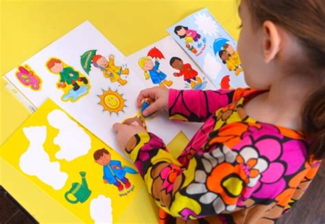 no mess crafts for 10 simple no mess crafts for tots inner child