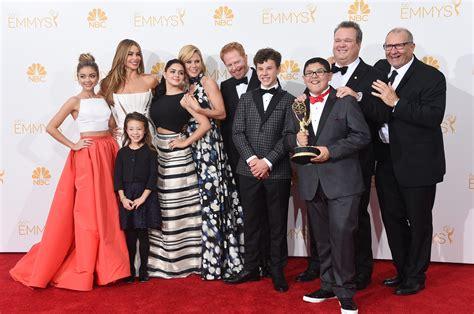 modern family cast to add new actor as joe pritchett in season 7