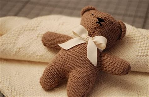 how to knit a simple teddy bumble bee knits baby blanket teddy