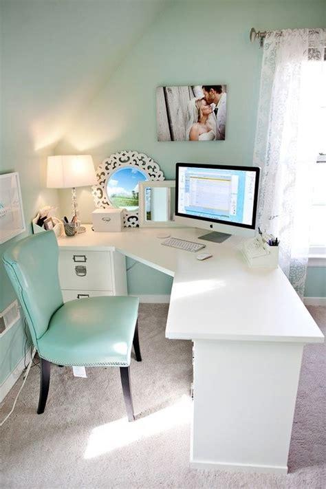 Bedroom Makeup Vanity Ideas best 25 corner desk ideas on pinterest diy bedroom
