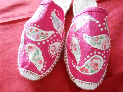 decoupage shoes with fabric pink canvas and rope paisley decoupage shoes