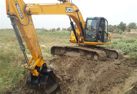 Home Interior Design Magazines Uk iraqi ministry buys up jcb excavators