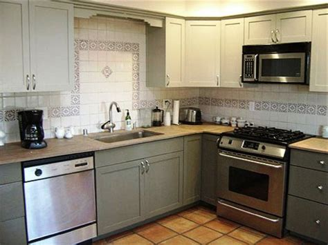 refinishing painted kitchen cabinets refinishing kitchen cabinets to give new look in the