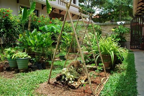 25 Charming Garden Trellises and Arbors   Garden Lovers Club