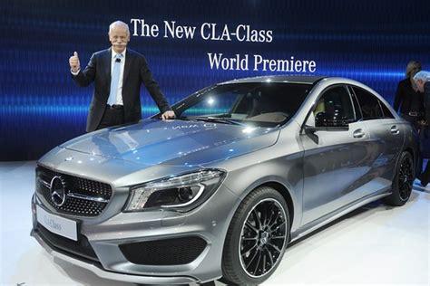 Mercedes Target Market by German Luxury Car Makers Target Wsj