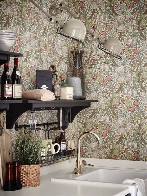 Dining Room Wallpaper Ideas 25 best ideas about william morris wallpaper on pinterest