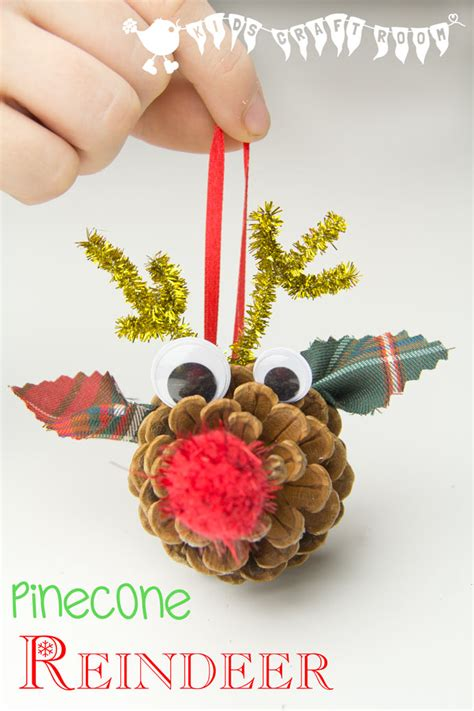 easy home made ornaments pinecone reindeer ornaments craft room
