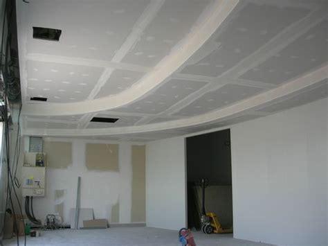 du plafond d un commerce sur 3 niveaux en gironde plafond ba13