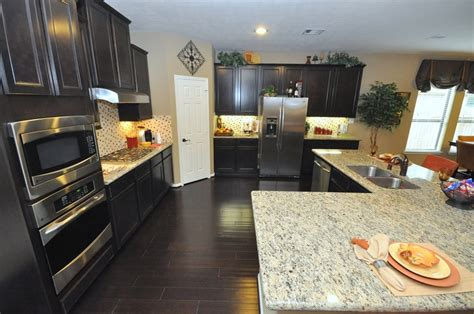 kitchen cabinets light granite kitchen cabinets and light granite countertop