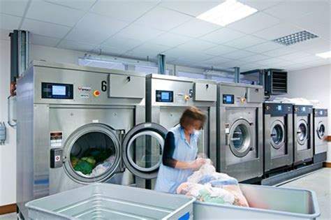 commercial laundry commercial laundries maximize perfomance reduce costs