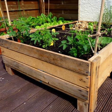 pallet planter box plans 10 recycled pallet planter box plans recycled pallet ideas