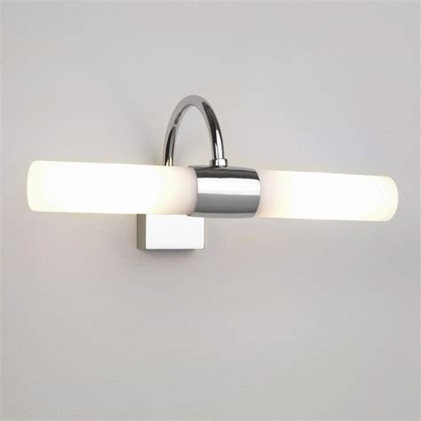 above mirror lighting bathrooms bathroom light fixtures mirror ls ideas
