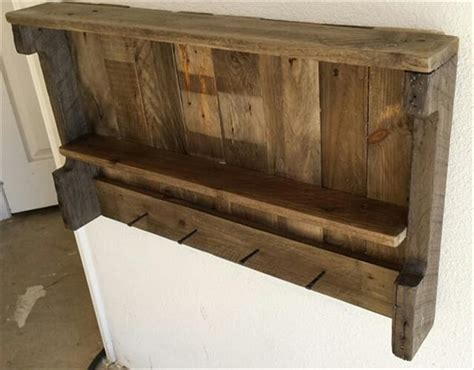 32 diy rustic pallet shelf ideas diy to make