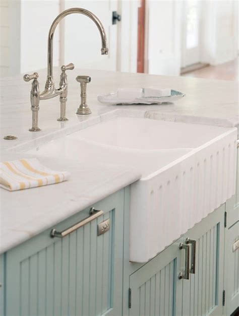 farmhouse style sink kitchen 9 farmhouse sinks i one