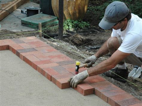 how to patio pavers how to lay a brick paver patio how tos diy