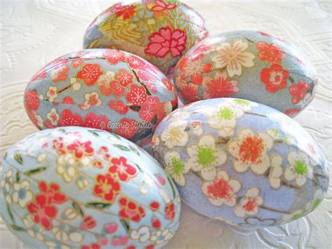 decoupage easter eggs pink and blue easter eggs origami eggs decoupage eggs