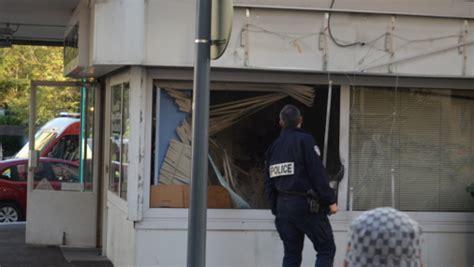 braquage 224 l explosif dans un bureau de change 224 la fronti 232 re suisse