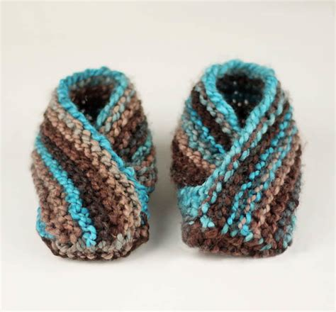 knitted slippers for toddlers world s easiest toddler knit slippers allfreeknitting