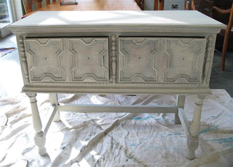 how to paint shabby chic furniture a guide to shabby chic furniture painting pippa