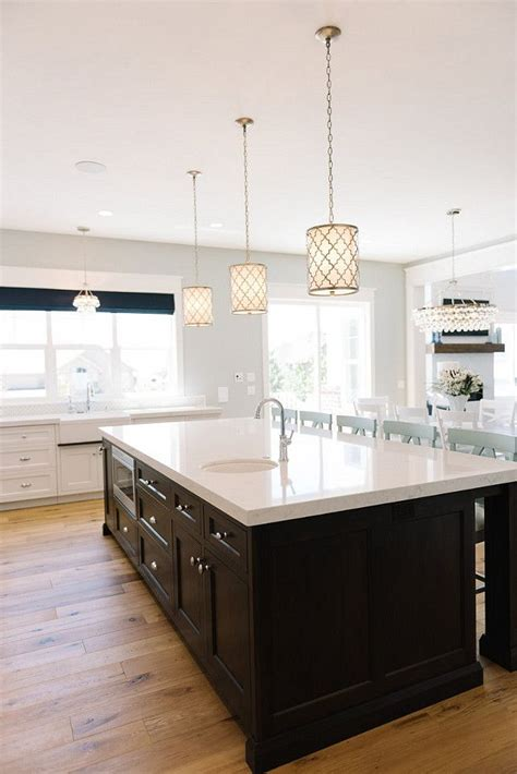 island kitchen light 17 best ideas about pendant lights on kitchen