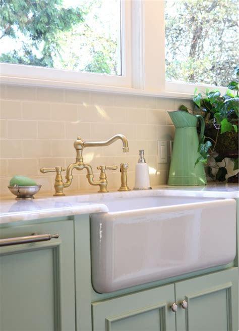 green kitchen sinks mint green kitchen cabinets design ideas