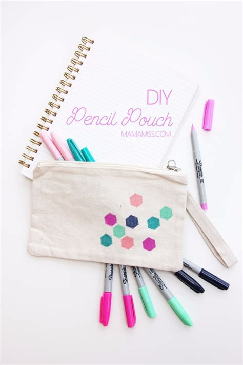ideas for to make at school 32 diy ideas for back to school supplies diy projects