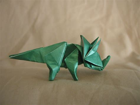 triceratops origami origami triceratops draft by donyaquick on deviantart