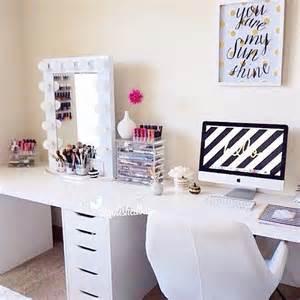 how to make office desk best 25 makeup vanity desk ideas on makeup