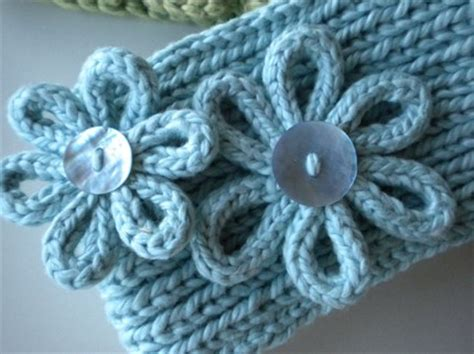 knitting a flower for a headband giveaway knitting for dummies and headwrap pattern