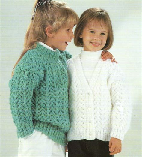 chunky cardigan knitting pattern free knitting pattern chunky cardigan and sweater 24 32