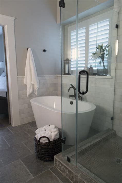 Spa Tubs For Small Bathrooms by How To Make A Small Master Bath Spa Like Modernize