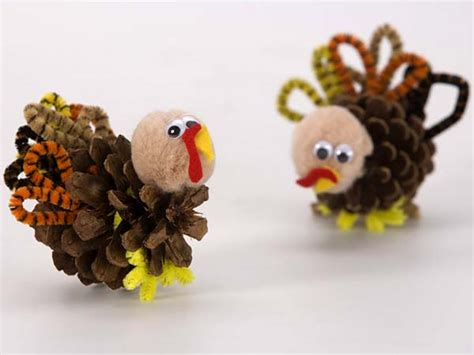 craft projects for thanksgiving hugs and keepsakes 18 thanksgiving craft ideas