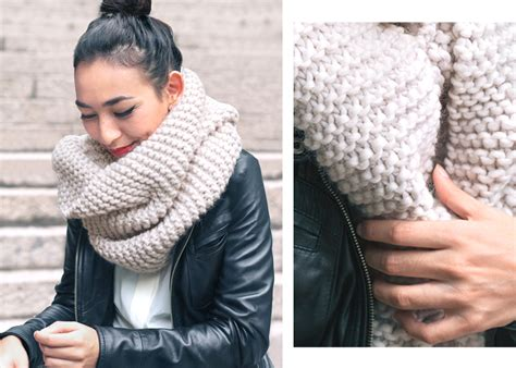 knitting a scarf style trends chunky knit scarves sheep and stitch