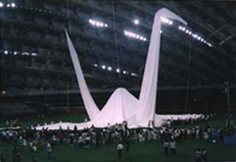 largest origami crane origami monthly news archives web japan web japan