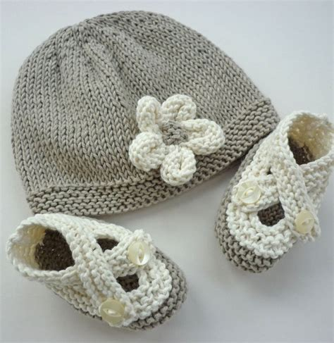 knit baby shoes 45 best images about baby shoes saartje s knit on