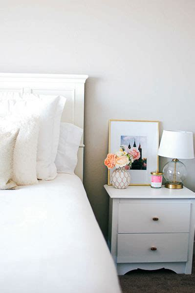 ways to decorate a small bedroom 80 ways to decorate a small bedroom shutterfly