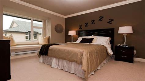 brown bedroom brown bedroom brown accent wall bedrooms